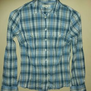 Aeropostale long sleeve blouse..button up.